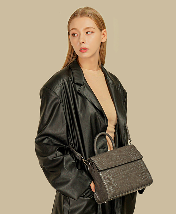 [록체] Bella Tote Bag Charcoal
